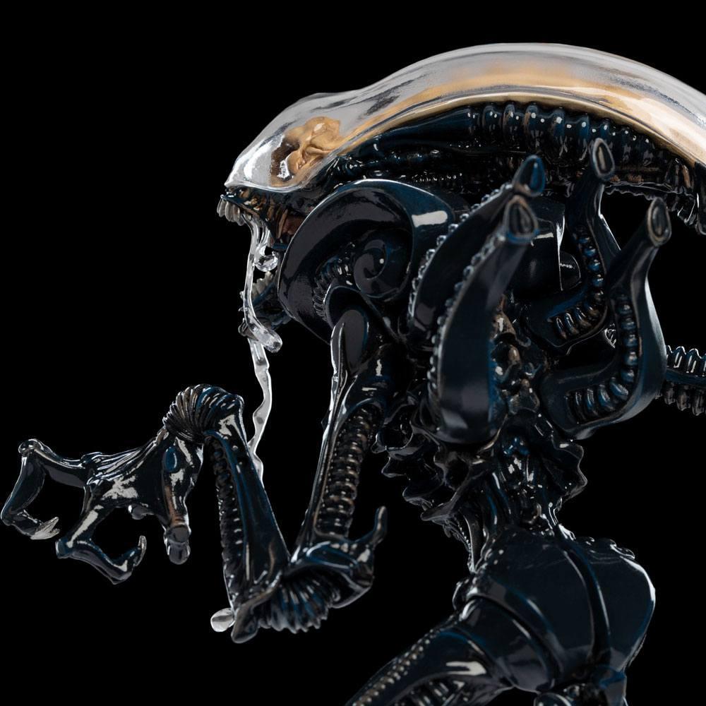 Alien xenomorph statuette weta suukoo toys 1