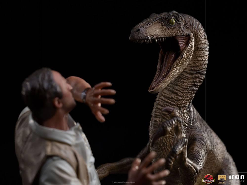 Jurrasic park deluxe statuetteiron studio raptor suukoo toys figurine 5