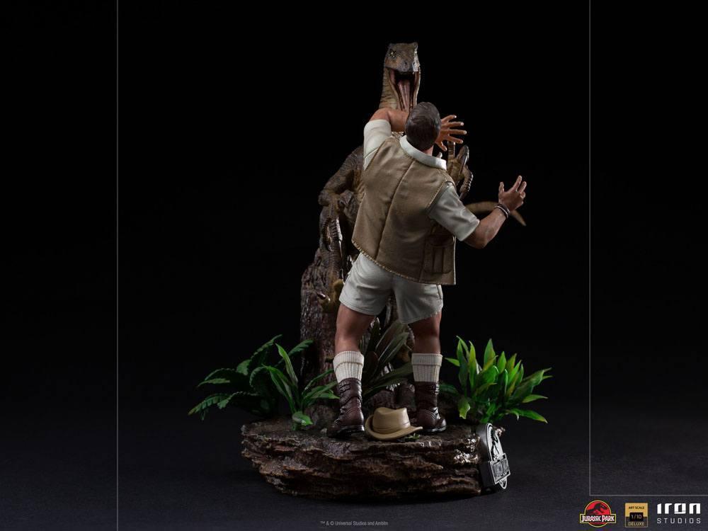 Jurrasic park deluxe statuetteiron studio raptor suukoo toys figurine 6