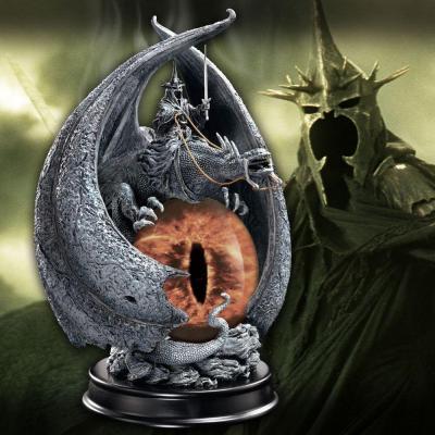 Le seigneur des anneaux statuette fury of the witch king 20 cm 2