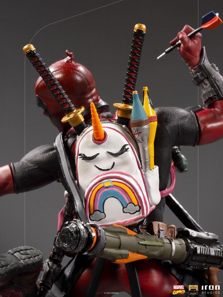 Marvel comics statuette bds deluxe art scale deadpool 24 cm iron studios 6