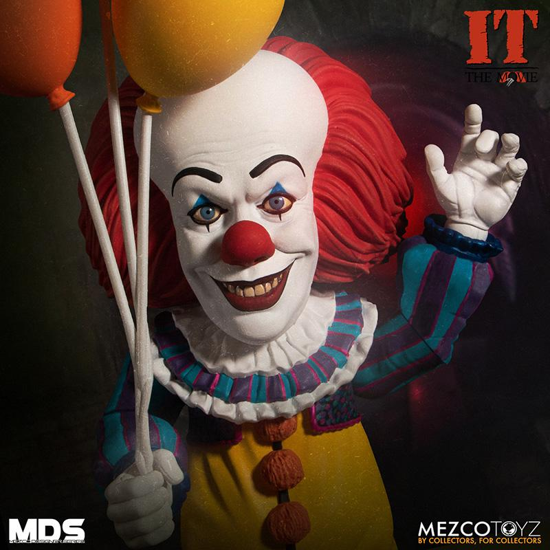 Mds it 1990 pennywise deluxe mezco 1