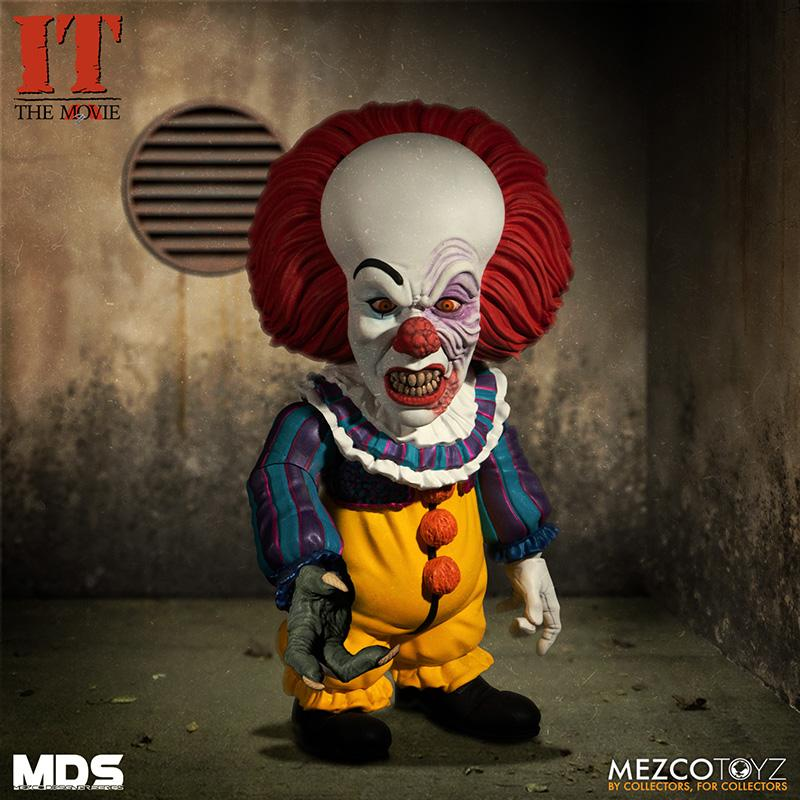 Mds it 1990 pennywise deluxe mezco 2