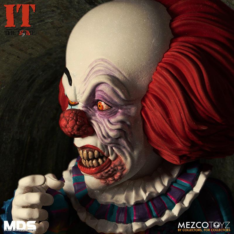 Mds it 1990 pennywise deluxe mezco 4