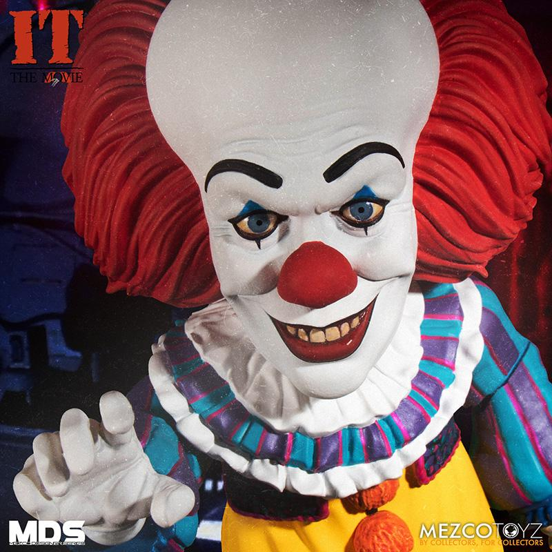 Mds it 1990 pennywise deluxe mezco 5