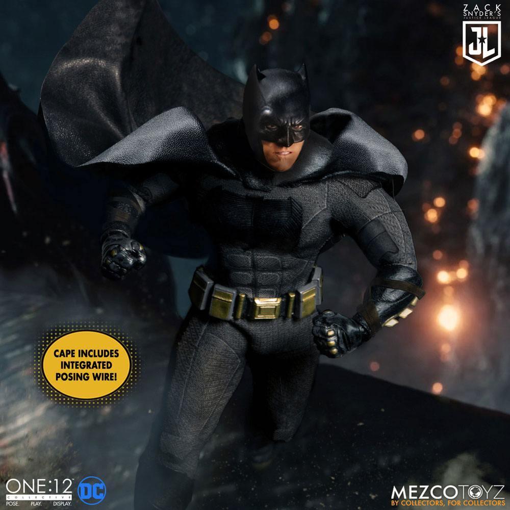 Mezco figurine batman flash superman suukoo toys collection 6