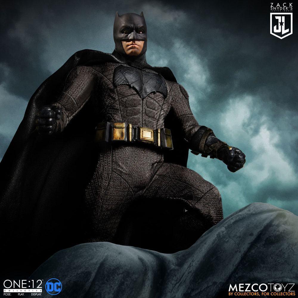Mezco figurine batman flash superman suukoo toys collection 7