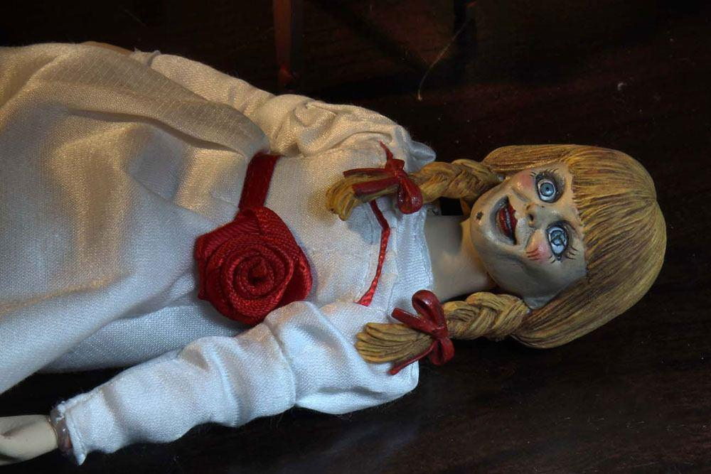 Neca the conjuring universe figurine retro annabelle 20 cm 12