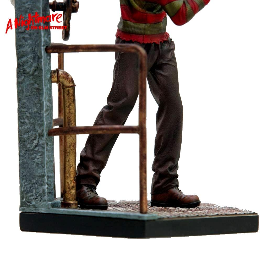 Nightmare on elm street statuette 110 art scale freddy krueger deluxe 19 cm 4