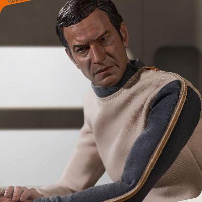 Cosmos 1999 figurine 1/6 Commander John Koenig Limited Edition 30 cm