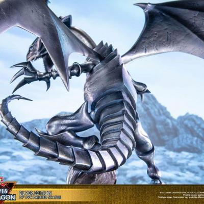 Yu-Gi-Oh! statuette PVC Blue-Eyes White Dragon Silver Edition 35 cm