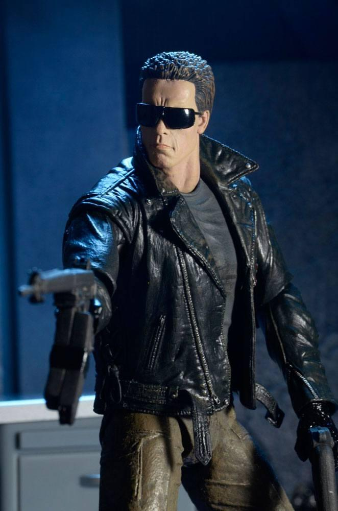 Terminator figurine ultimate police station assault t 800 motorcycle jacket 18 cm neca 7