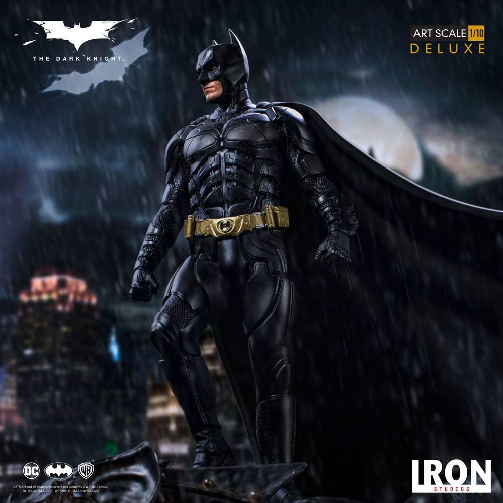 The dark knight statuette 31cm deluxe art scale batman 1