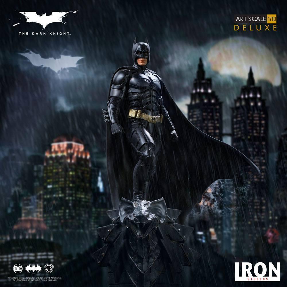 The dark knight statuette 31cm deluxe art scale batman 11