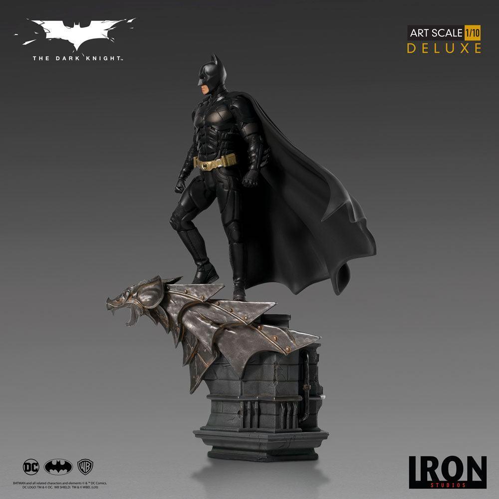 The dark knight statuette 31cm deluxe art scale batman 4