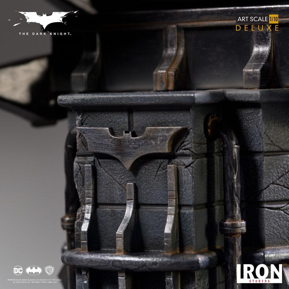 The dark knight statuette 31cm deluxe art scale batman 7