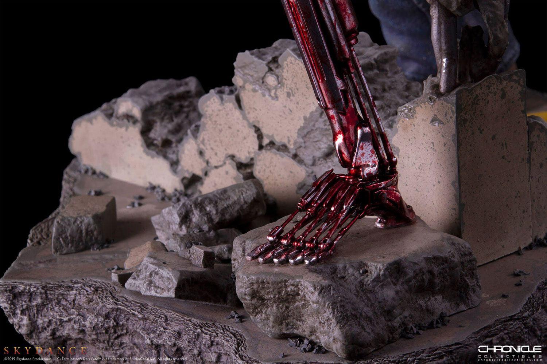 Trminator dark fate t 800 figurine statue 11