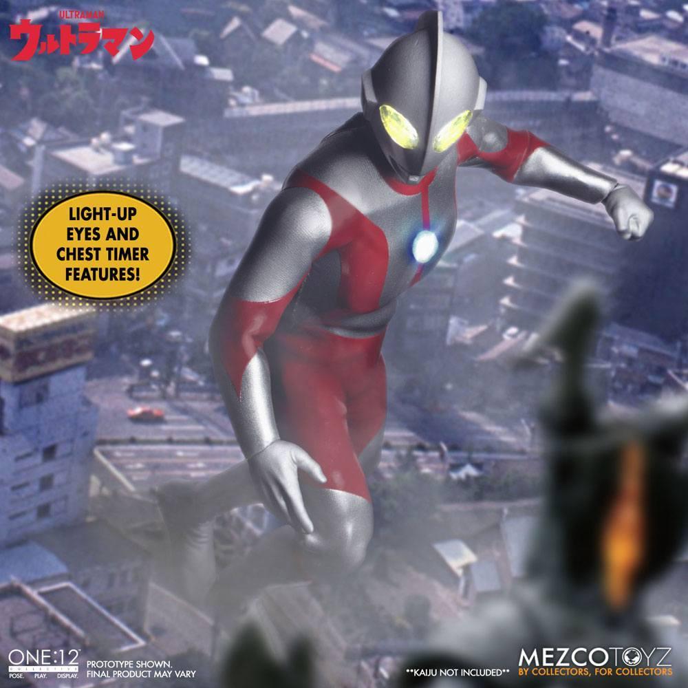 Ultraman figurine mezco toys 9