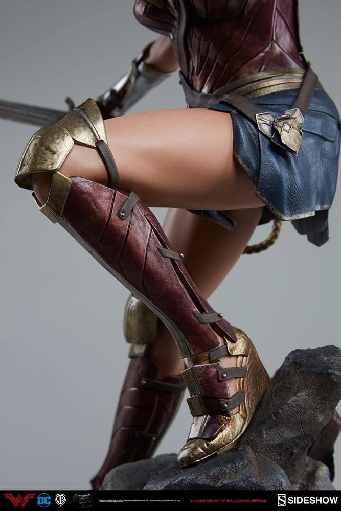 Wonder woman statue suuko toys collector 1
