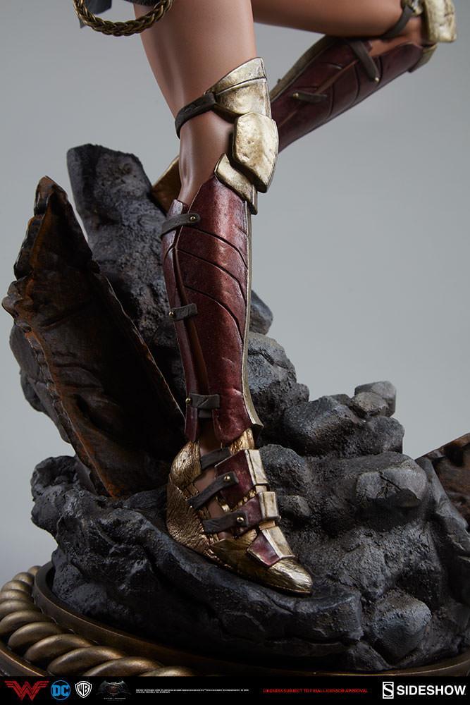 Wonder woman statue suuko toys collector 2