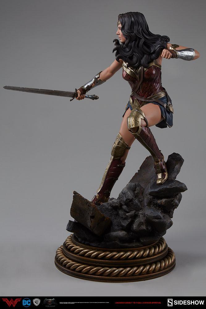Wonder woman statue suuko toys collector 5
