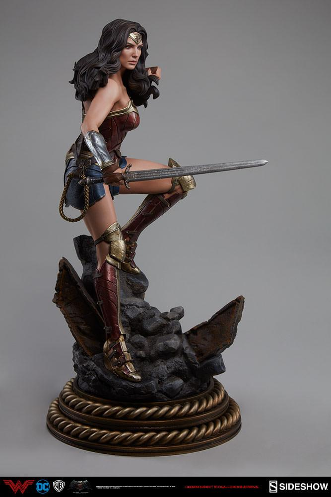 Wonder woman statue suuko toys collector 8