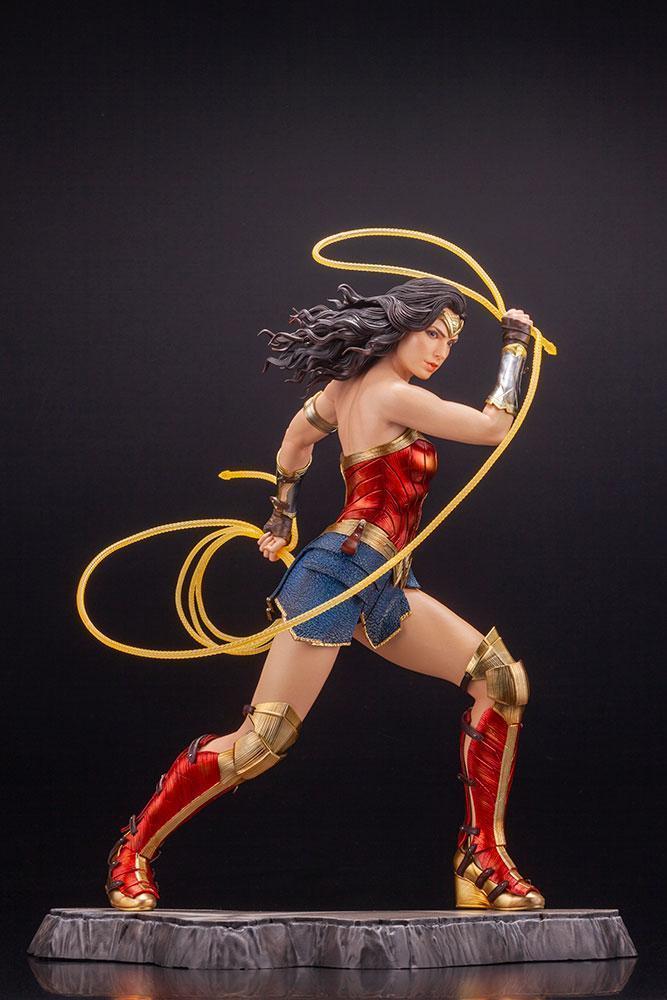 Wonder woman statuette 1984 movie kotobukiya suukoo toys figurine collection 1