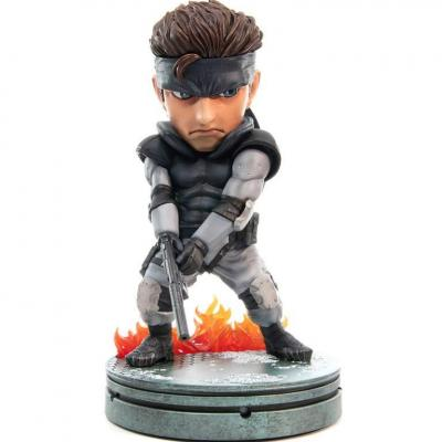 Metal Gear Solid statuette PVC SD Solid Snake 20 cm