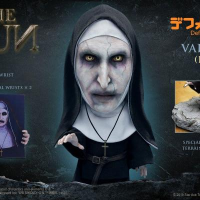 La Nonne figurine Defo-Real Series Valak Deluxe Version 15 cm